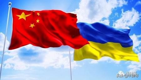Україна та Китай підписали стратегічну угоду про співпрацю в галузі будівництва інфраструктури (пріоритети — залізниці, аеропорти, порти тощо)