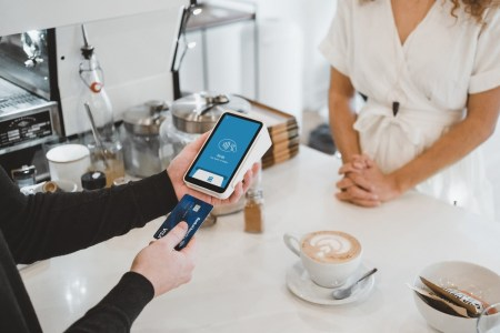 Офіс президента пропонує компенсувати малому бізнесу частину витрат на еквайринг при розрахунку платіжними картками