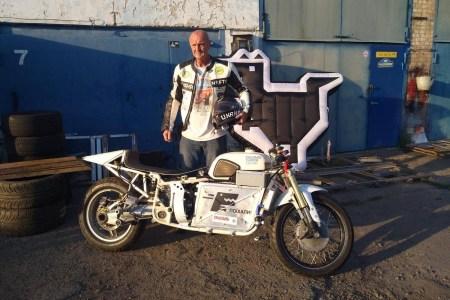 Delfast створив прототип електромотоциклу Delfast-Dnepr Electric та отримав права на ТМ «Днепр» для серійного випуску електромотоциклів під цим брендом