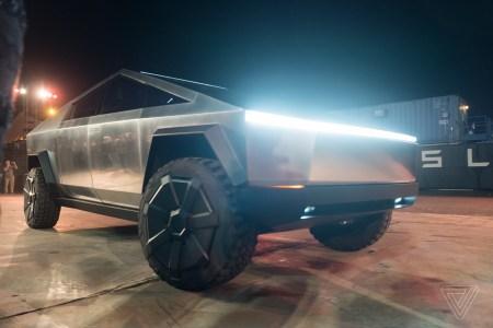 Выпуск Tesla Cybertruck отложен на 2022 год