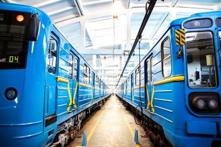 Кабмін виділив 100 млн грн на оновлені проєкти двох гілок метро у Києві: «Троєщина — Осокорки» та «Райдужна — Вокзальна»