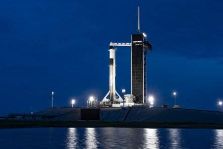 Трансляция запуска первой гражданской миссии SpaceX на корабле Crew Dragon