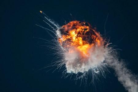 Первый запуск американо-украинской ракеты FireFly Alpha завершился взрывом. Но все равно это большой успех для Firefly Aerospace [Дополнено: обломки упали на населенные территории]