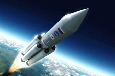 Росія зупинила розробку надважкої ракети для польотів на Місяць