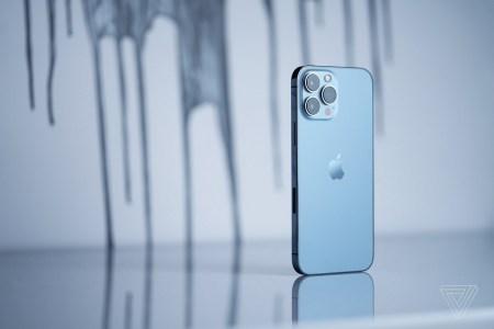 Apple оснастила все три камеры iPhone 13 Pro Max новыми матрицами Sony