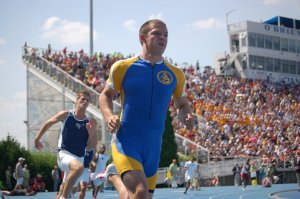 When you get a good camera, you get to take good pictures. This is Sam Howard in the 2010 AAA State 400m finals.