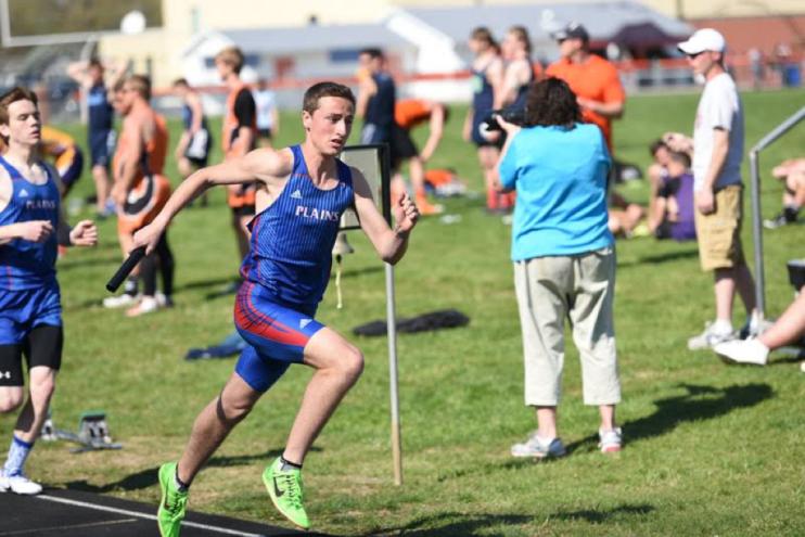 Sprinter or 800 runner? School record holder David Plunkett (1:55.41) taking off in a 4x400