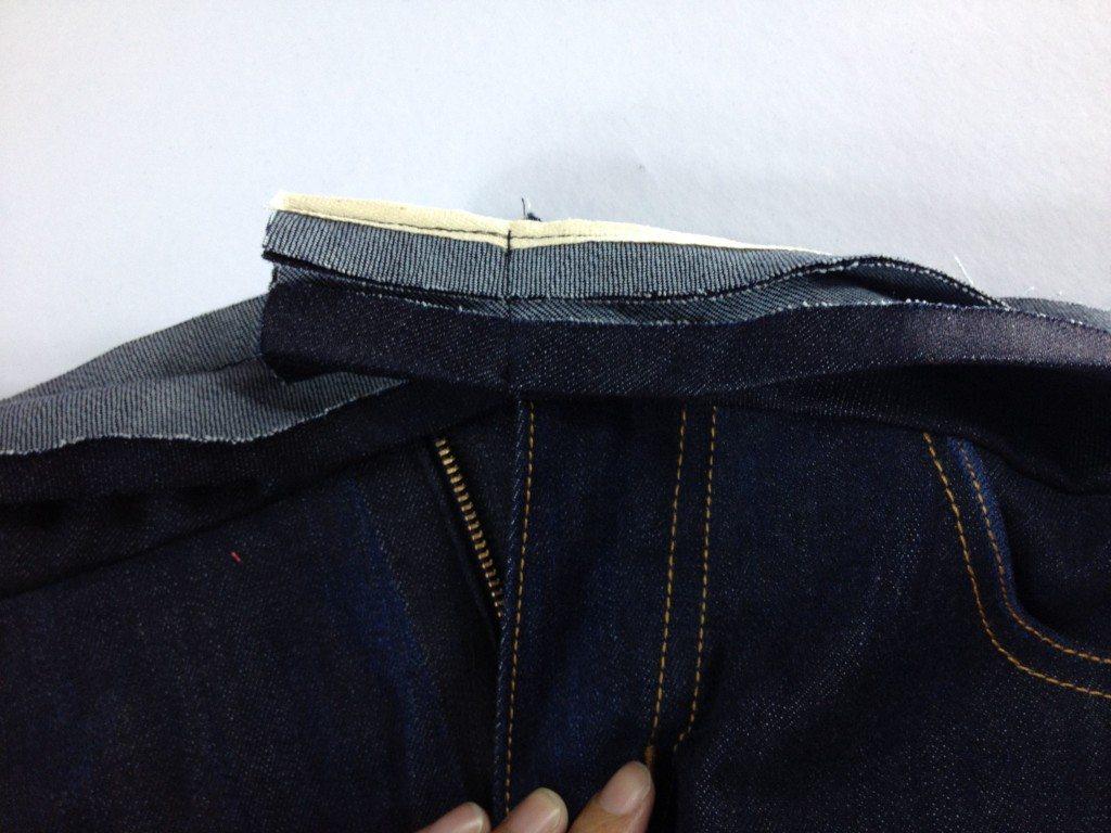 Liana Stretch Jeans Sewalong Day 9 Stitch waistband flush with fly