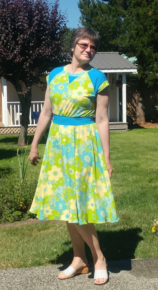 Itch to Stitch Oceanside Dress