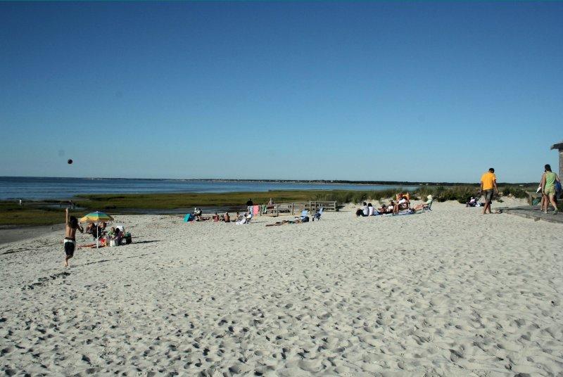 091407_Cape_Cod_Beach (2)