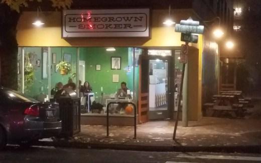 Oregon: Portland – Homegrown Smoker (Review)