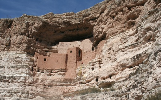 Arizona: Montezuma Well and Castle