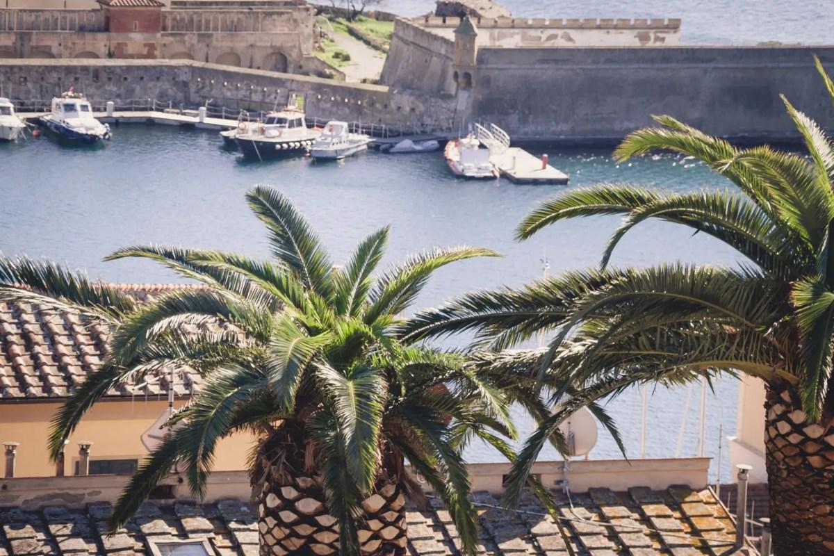 Blick auf Elba