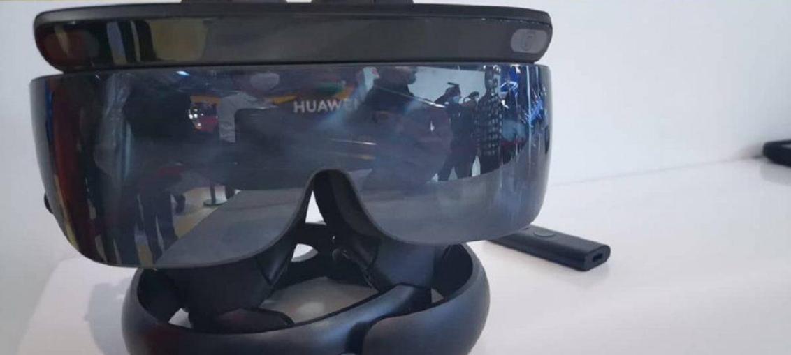 Huawei представили ігровий набір Huawei VR Glass 6DOF