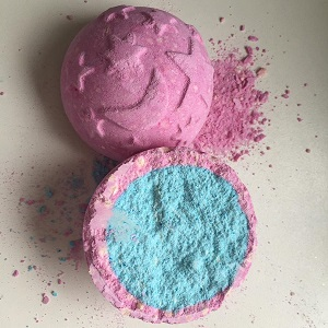 Twilight Bath Bomb | Lush Review, Recipe & Demo