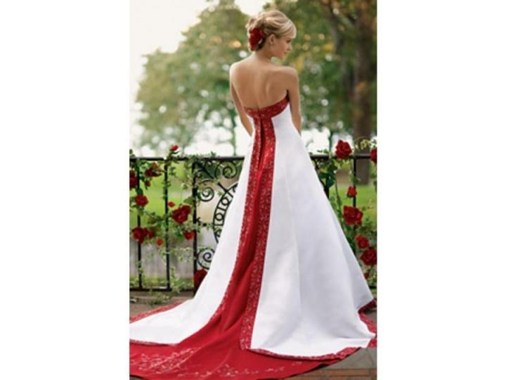 David's Bridal Apple Red And White Wedding Gown By David's