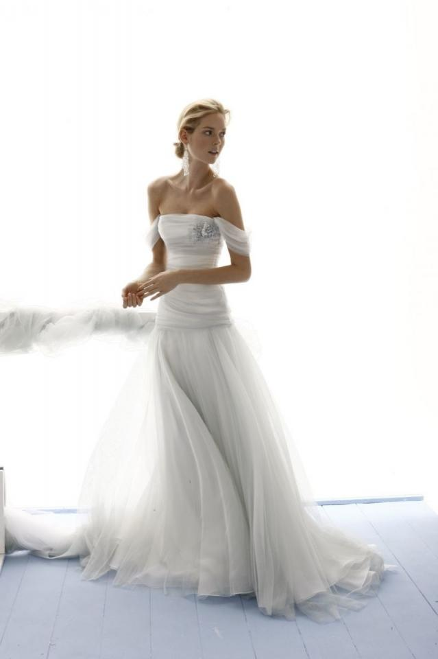 9f862cba7e5c le spose di gio wedding dresses and gowns 2014 london prices pictures