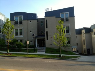 Collegetown_Terrace03