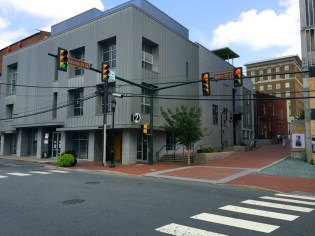Charlottesville-VA-downtown-IthacaBuilds-08091438