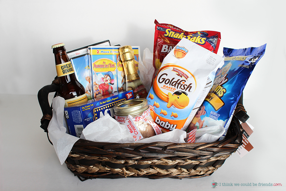 5 Creative Gift Baskets: A movie night basket means fun for the whole family! The other 4 ideas on this site are AWESOME, too (love the cupcake themed one!)
