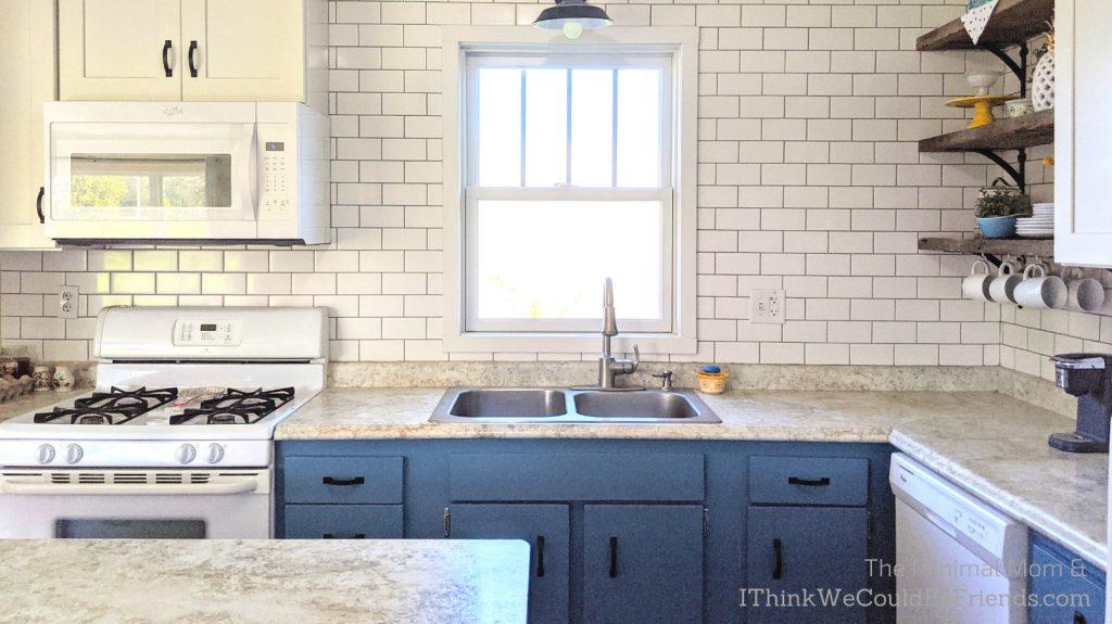 minimalist kitchen, blue and white