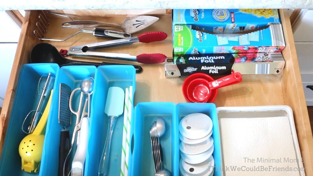 minimalist kitchen utensil drawer