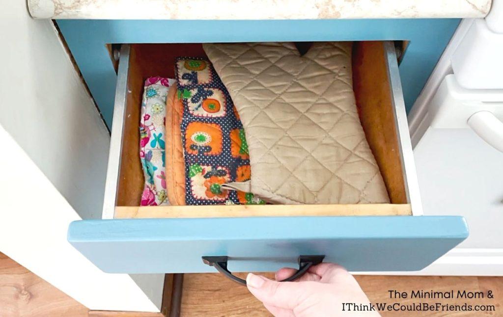 potholder drawer