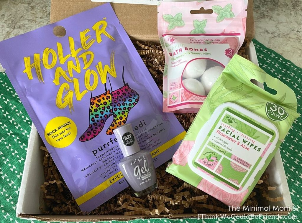 nail polish, bath bombs & facial wipes