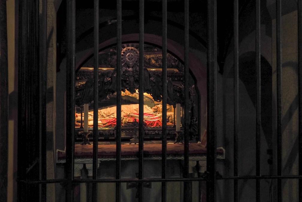 La basilique Saint-Ambroise crypte