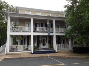 Blue Max Inn -Chesapeake City
