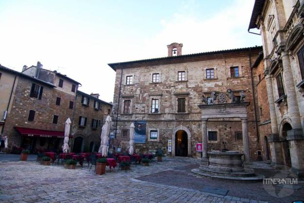 Montepulciano Central Square