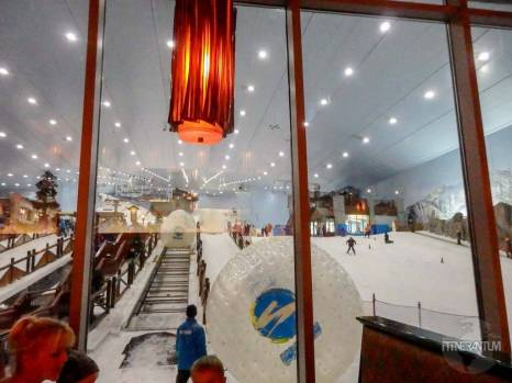 dubai mall ski slope
