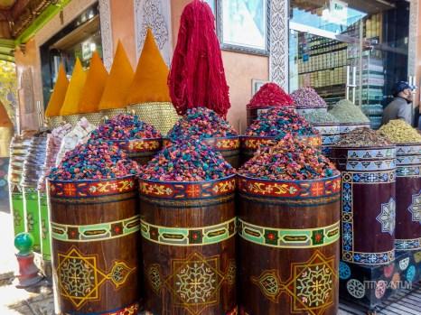 marrakesh market, morocco itinerary