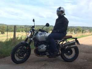 Iñigo on the BMW RnineT Scrambler wearing his Belstaff wax jacket and Rev'It jeans