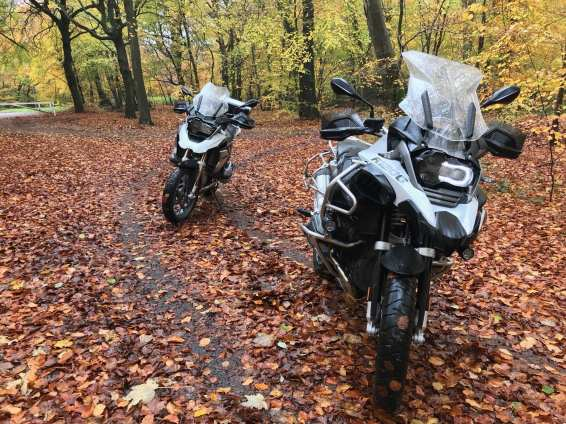 BMW R1200GS LC and R1200GSA