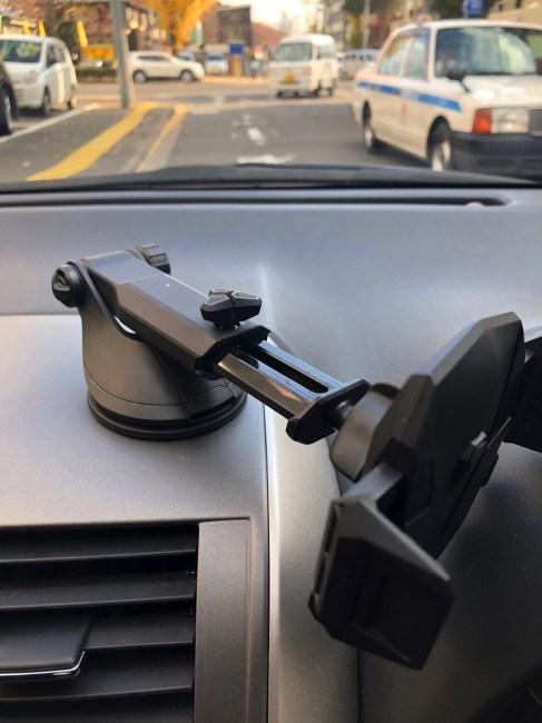 IMG spigen iphone car holder 10