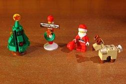 Babbo Natale e alcuni accessori