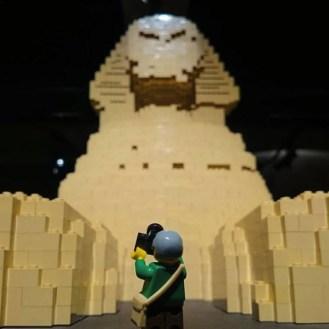 Sphinx di Nathan Sawaya