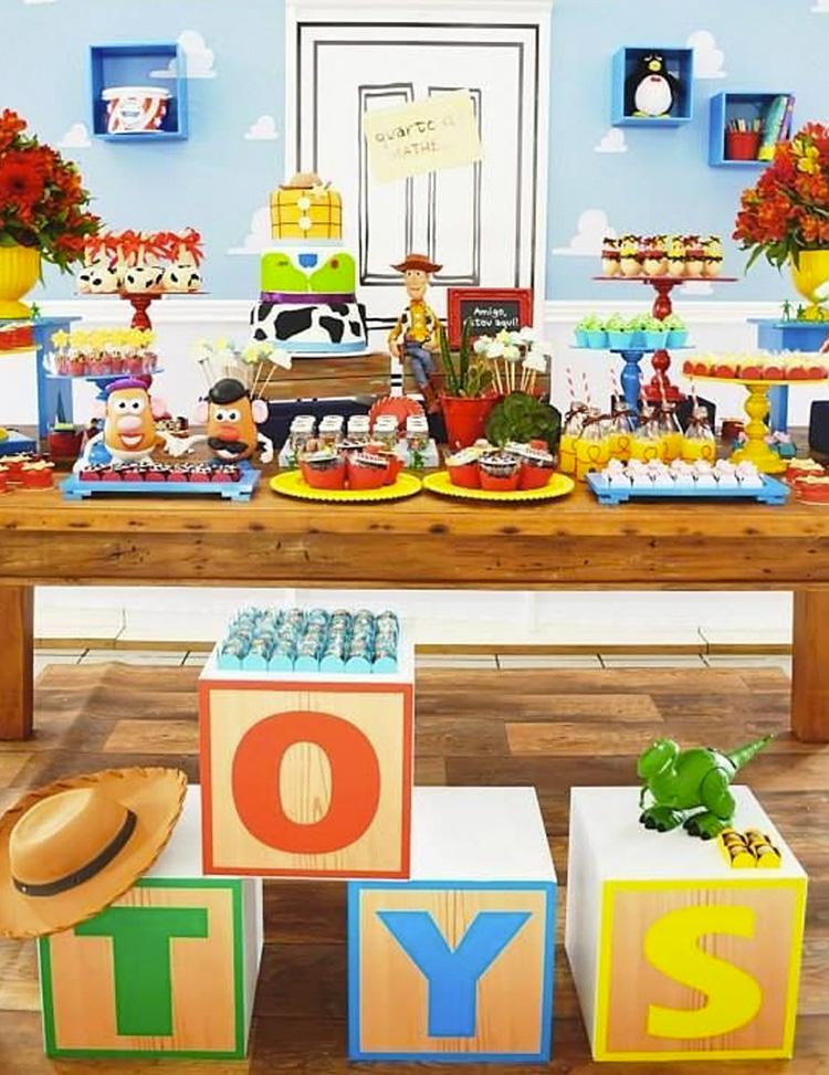 Festa Infantil Toy Story It Mãe