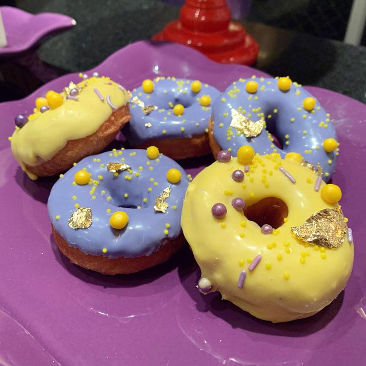 donuts friends nparty it mãe