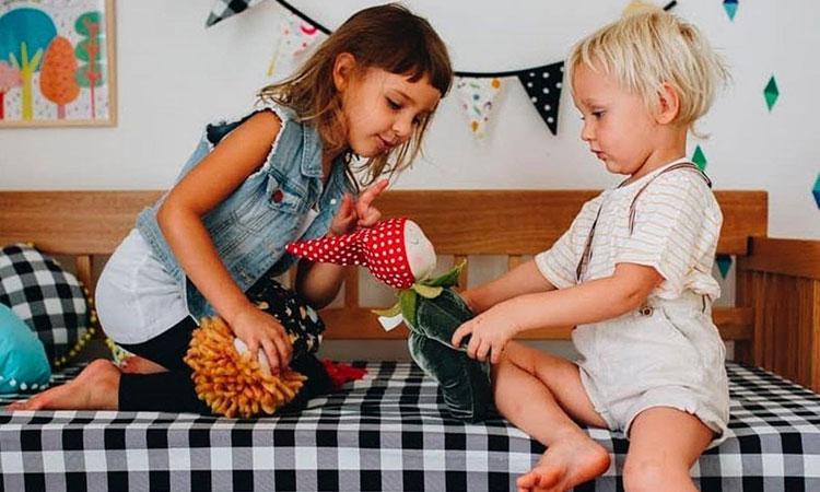 brincadeiras e presentes lúdicos lana trends it mãe