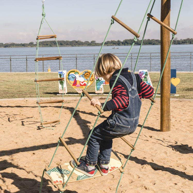 Trepa-trepa de cordas Eba! Playgrounds - It Mãe