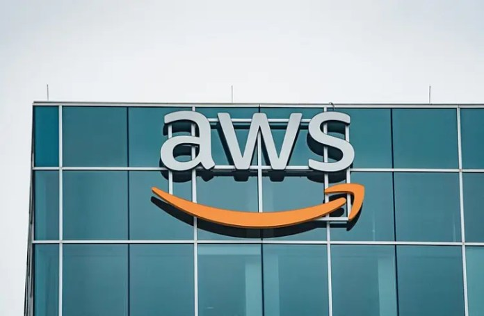 Platform-as-a-Service Amazon Web Services (AWS) | iTMunch