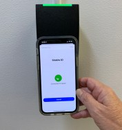 Mobile phone and card reader