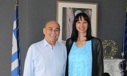 Συνάντηση της Ελενας Κουντουρά με τον Δήμαρχο Σκιάθου