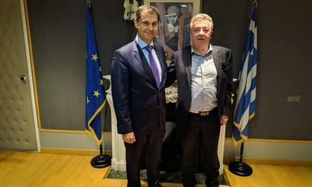 Δράσεις για την ενίσχυση του τουρισμού της Κρήτης συζήτησαν ο υπουργός Τουρισμού Χ. Θεοχάρης με τον Περιφερειάρχη Κρήτης κ. Στ. Αρναουτάκη