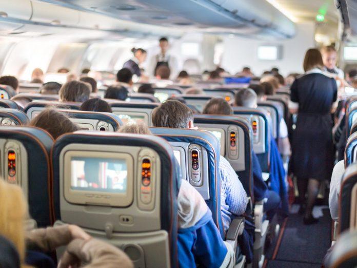 """Η IATA καλεί περισσότερες χώρες να υπογράψουν την """"Συνθήκη για τους απείθαρχους επιβάτες"""""""