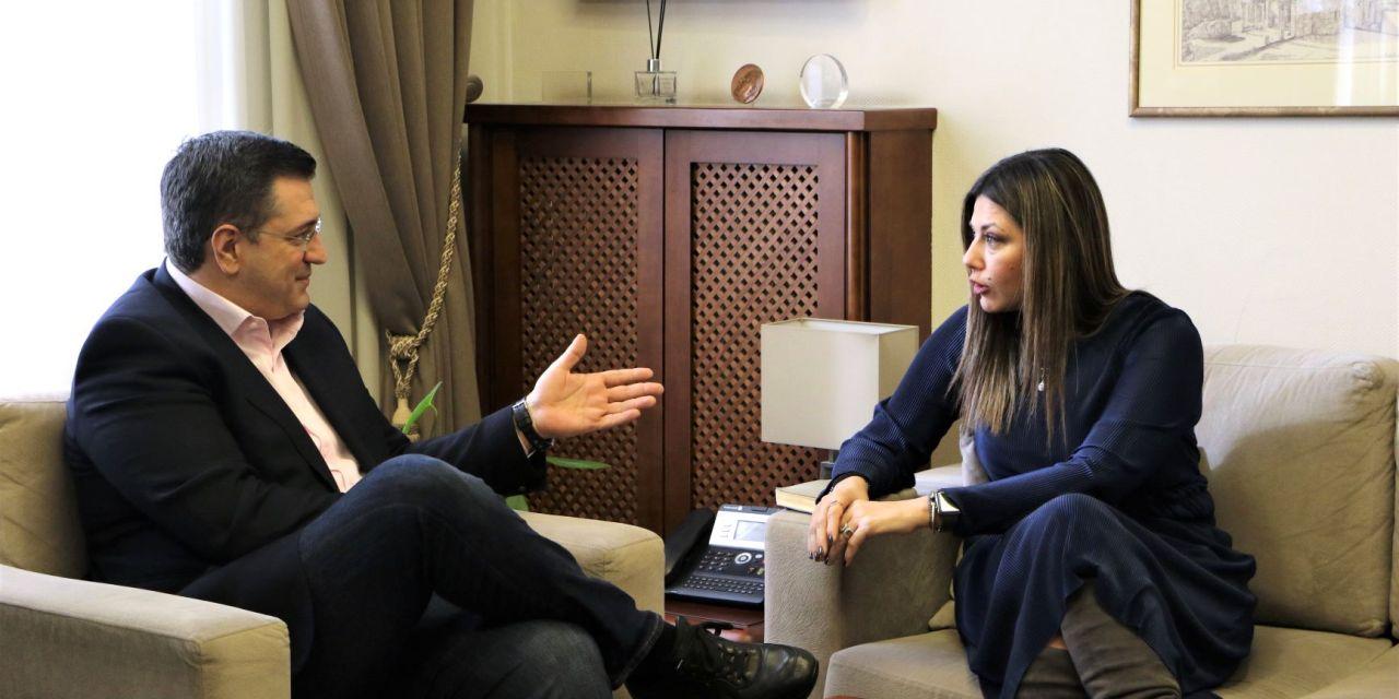 Συνάντηση εργασίας του Περιφερειάρχη Κεντρικής Μακεδονίας Απόστολου Τζιτζικώστα με την Υφυπουργό Παιδείας και Θρησκευμάτων Σοφία Ζαχαράκη