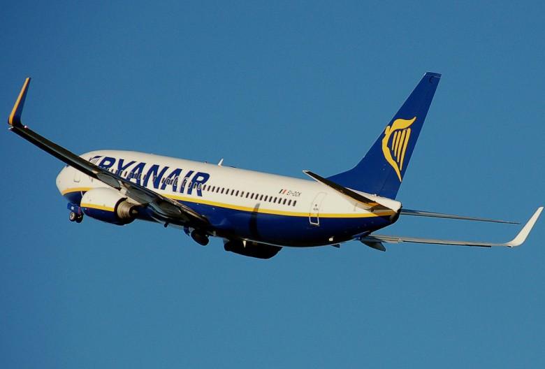 200 θέσεις εργασίας πληρώματος διακυβεύονται στη Ryanair
