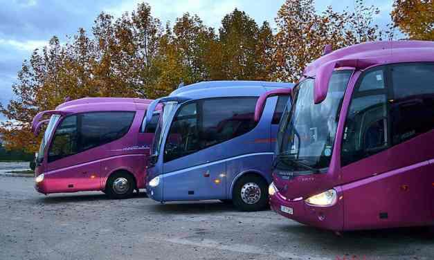 Τουριστικά λεωφορεία: Παράταση κατάθεσης άδειας κυκλοφορίας και πινακίδων
